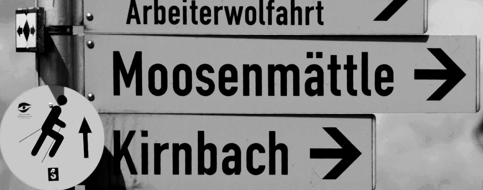 DIN 1451 on a traffic sign in Germany (Photo: jjay69, Flickr)